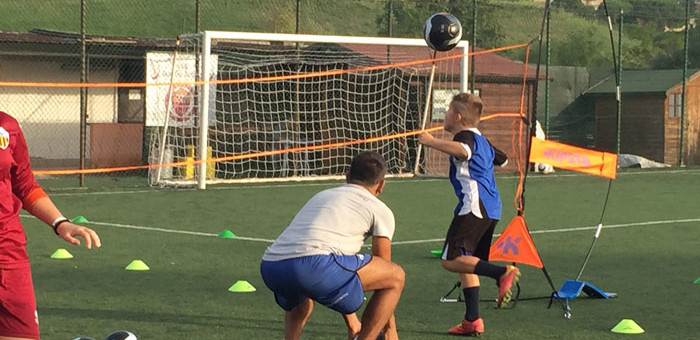 Foot volley Mania